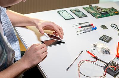 servis-iphone-vymena-baterie-oprava-baterie