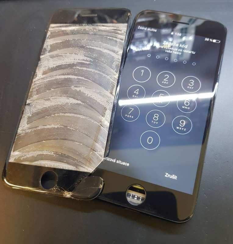 iphone-7-oprava-praskleho-skla-displeje-olomouc-2
